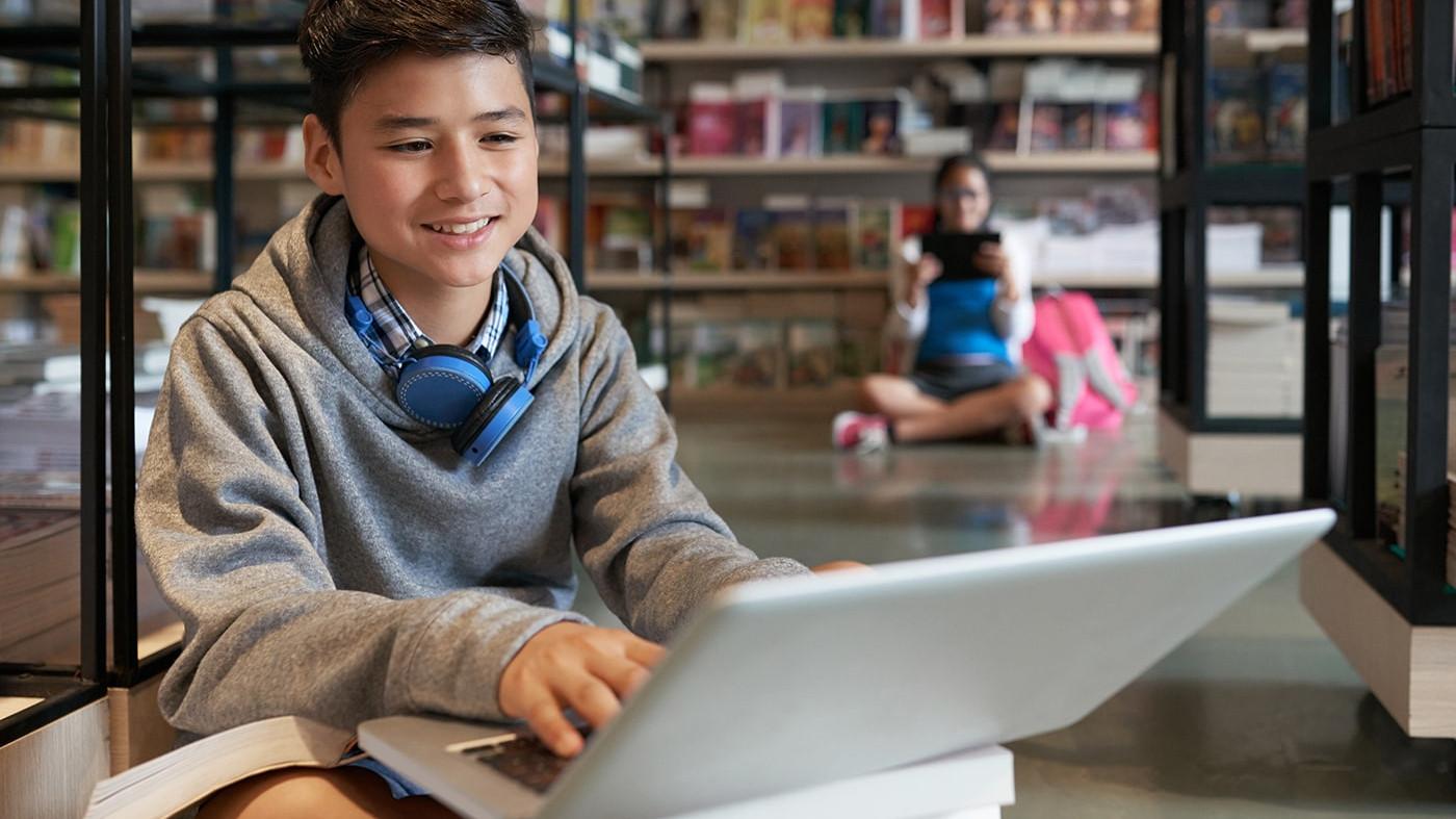 Kids using WiFi in school